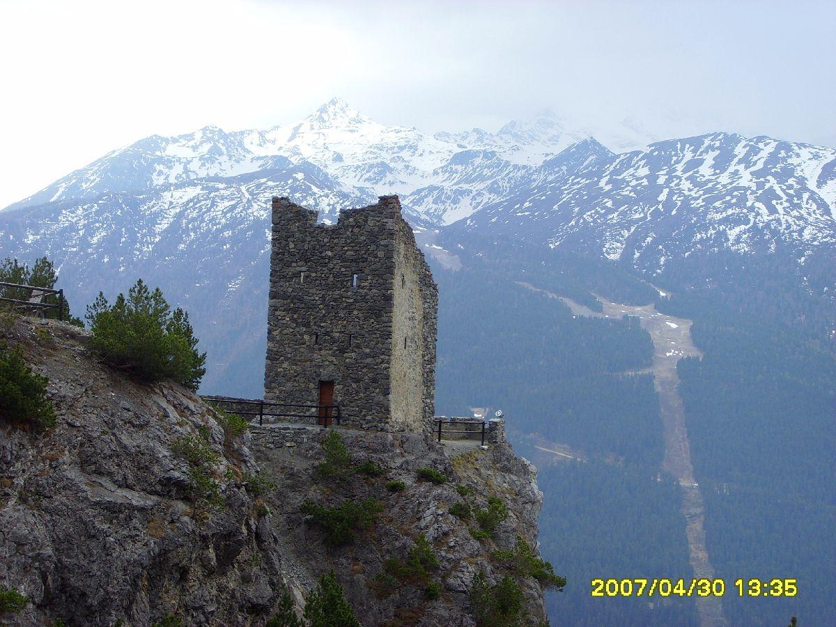 Passo Torri di Fraele (ITA) - Wieża na szczycie