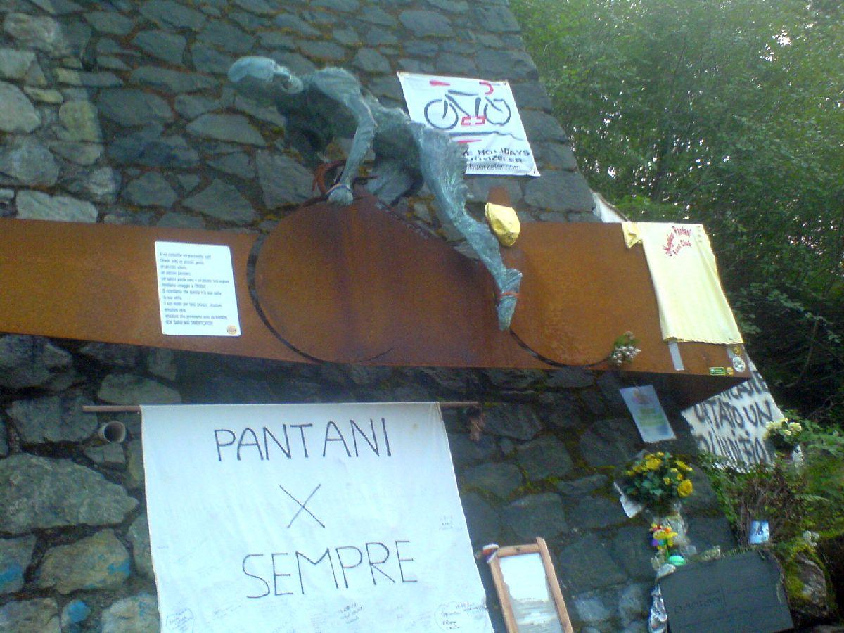 Passo del Mortirolo (ITA) - Ołtarzyk Pantniego