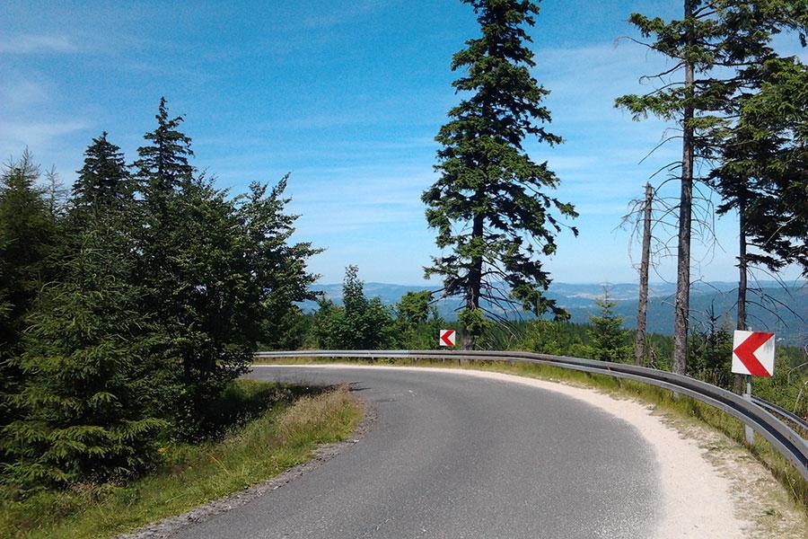 Przełęcz Okraj - Ostry zakręt